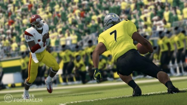 file_5950_ncaa-football-14-gameplay-scrn-noscale