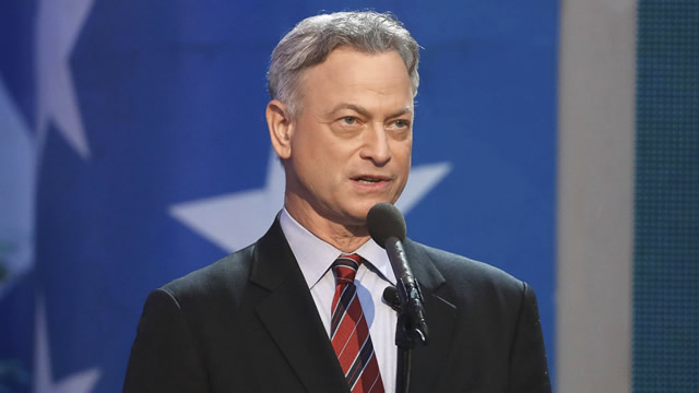 square enix gary sinise foundation warriors in darkness campaign