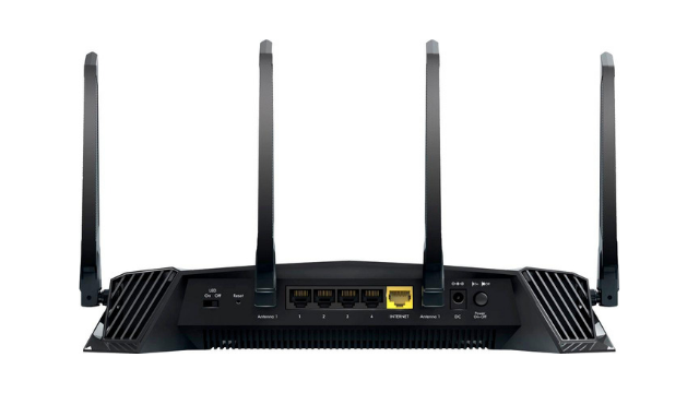 Netgear XR500 router review rear