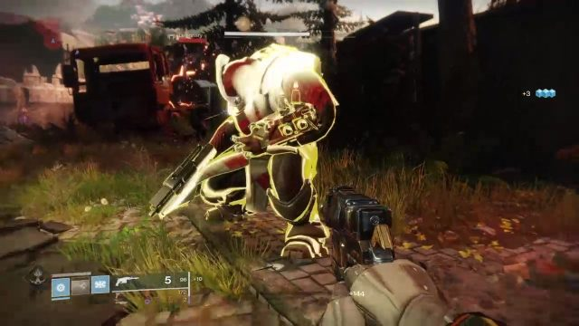 Destiny 2 finisher glowing enemy example